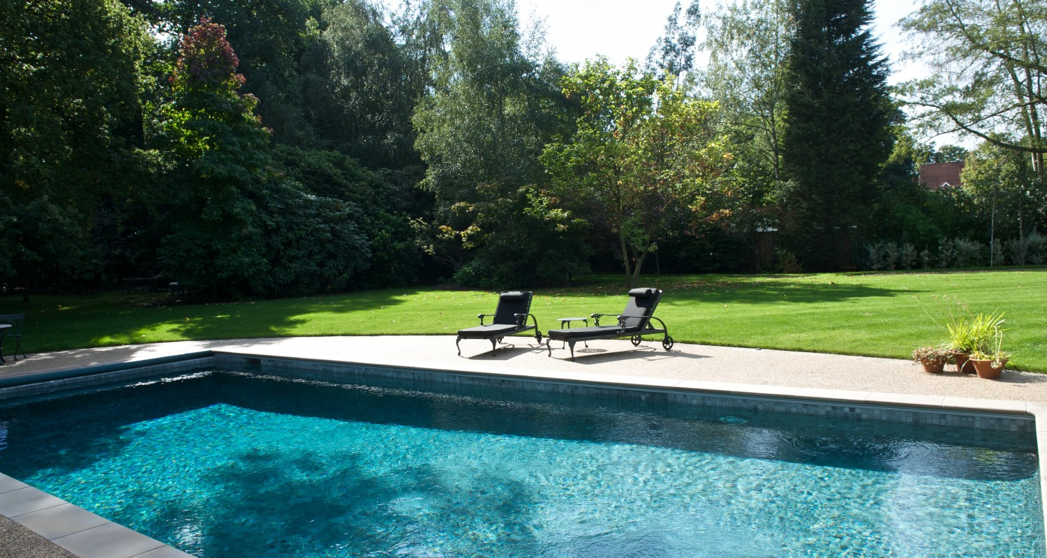 Outdoor Swimming Pool Construction Amp Design Falcon Pools