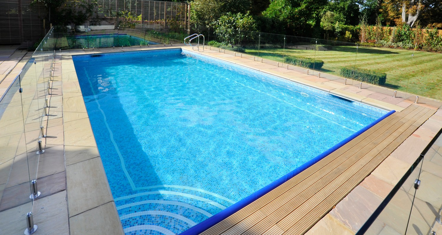 Outdoor swimming pool construction design falcon pools for Pool design hours