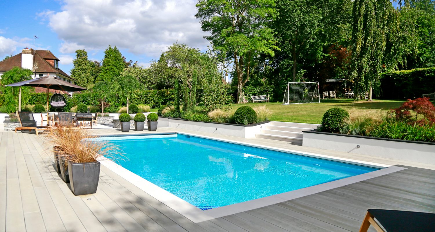 Outdoor swimming pool construction design falcon pools for Show pool result