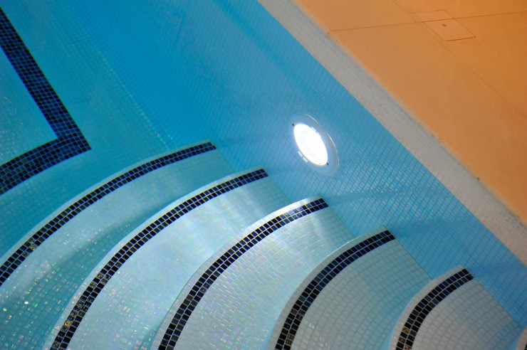 Swimming pool steps and lighting