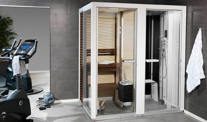 Sauna and shower combined